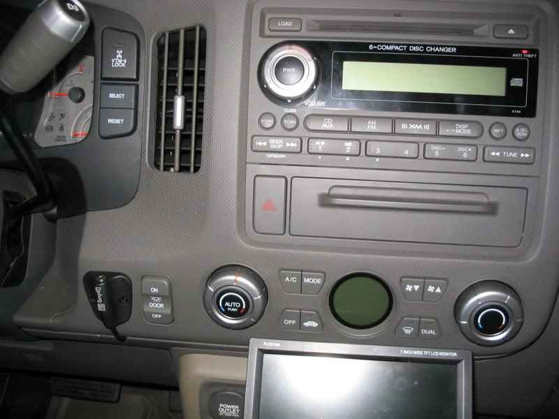 2008 Honda Ridgeline Does Not Have An Aux Input Above The Glove Box In ...